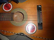 Gitara – uszkodzona skrzynia