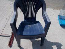 Krzesła plastikowe 3 szt.
