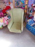 18.03 Fotel dziecięcy